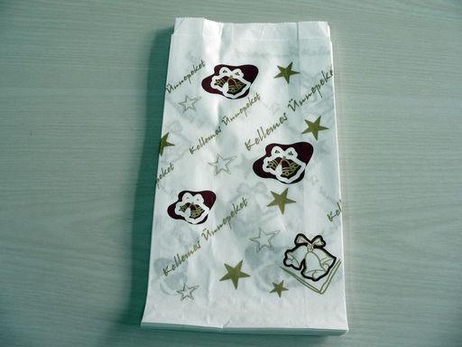 Karácsonyi papírtasak -200 db/csomag, 2000 db/karton - Méret: 17x33 cm /  Méret: 13x25 cm - 1024x768 pixel - 269660 byte